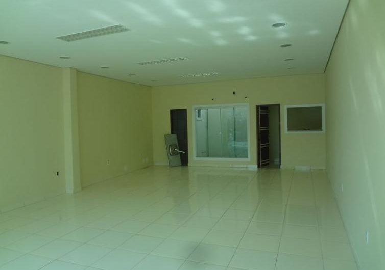Casa e ampla sala comercial – Rua Salgado Filho, 3016 – São João Bosco